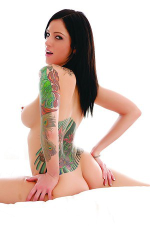 Sexy Tattoo Ass Pics and Nice Tight Asses Porn